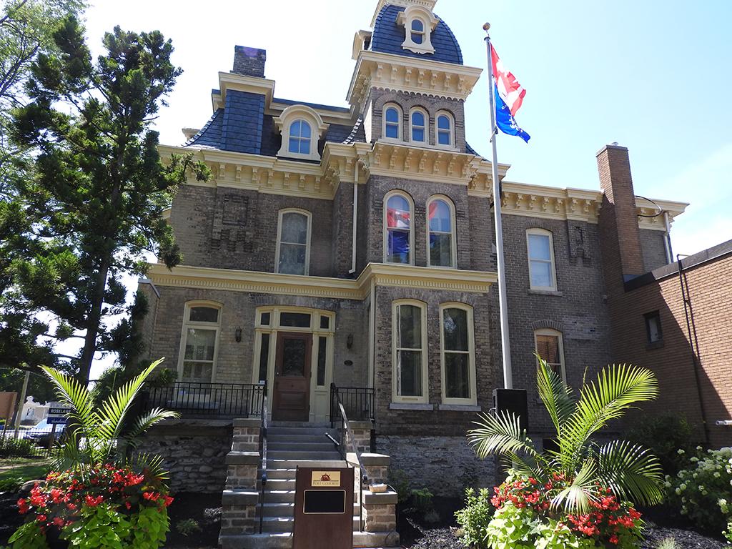 Roselawn Mansion